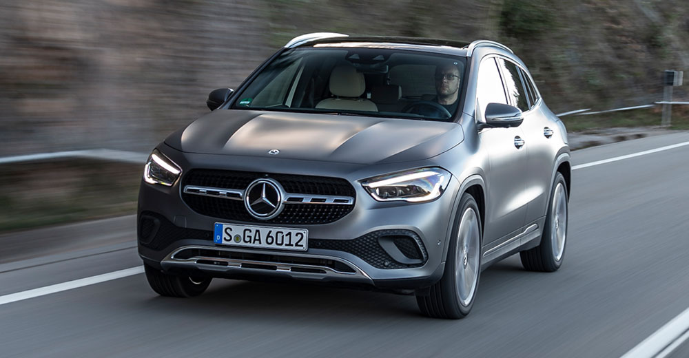 MERCEDES-BENZ GLA Crossover